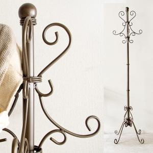 〔商品説明〕 アンティークゴールドのアイアンのコートハンガー。アイアンのアラベスク模様の装飾は、どこ...