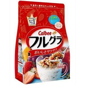 香ばしく焼き上げた玄米、オーツ麦に、自然な甘さのドライフルーツをミックス。食物繊維と鉄分も含まれてい...
