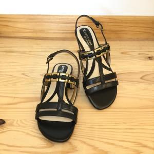 Naturalizer ナチュラライザー N804 ブラック  店頭展示品  訳ありアウトレット  ローヒールサンダル レディース 靴 okamotoya