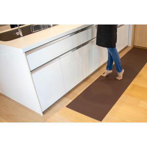 キッチンマット ふく楽マット 120 cm x 50 cm 洗濯いらず ずれない 抗菌 ふく楽 キッチン マット ダークブラウンの写真