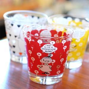 ムーミンシリーズのグラス食器。小さめサイズで持ちやすく、飲み物はもちろんアイスなどのデザートを入れた...