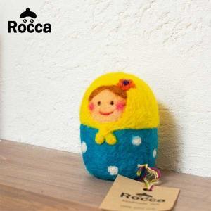 フェルト マトリョーシカの置物 カラフルでかわいいフェルトのオブジェ【Rocca】小物/インテリア/置き物/ドット柄 祝い 誕生日 贈り物 退職 結婚 記念 引っ越し|okayulabo