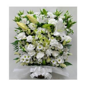 菊とユリの入ったお供え お悔やみ生花アレンジメント(特大) |okusa