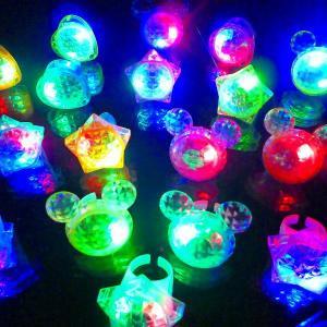 光るダイヤゆびわ 36個入(光るおもちゃ 景品 ...の商品画像