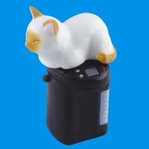 エポック 吾輩の定位置 02.猫と給湯ポット(シャム)|omochayaya