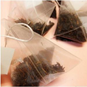 おもてなしギフト 伊萬里茶 伊万里焼の絵柄でデザインした缶に 伊萬里緑茶・紅茶・抹茶入玄米茶を気軽に楽しめるティーバッグタイプで お届け|omotenashigift|04