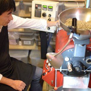 おもてなしギフト スペシャリティコーヒー 完全熱風式焙煎機 モカ キリマンジャロ ロイヤルブレンド ブルマンブレンドの4種類のドリップバッグのセット|omotenashigift|04
