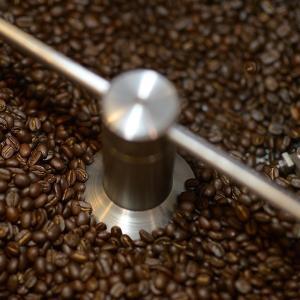 おもてなしギフト スペシャリティコーヒー 完全熱風式焙煎機 モカ キリマンジャロ ロイヤルブレンド ブルマンブレンドの4種類のドリップバッグのセット|omotenashigift|06