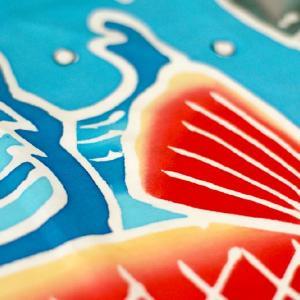 おもてなしギフト 神奈川県内には1軒になってしまった手で描き、手で染める祝いの大漁旗(鯉柄)|omotenashigift|03