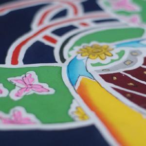 おもてなしギフト 神奈川県内には1軒になってしまった手で描き、手で染める祝いの大漁旗(兜柄)|omotenashigift|03