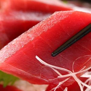 おもてなしギフト 三崎マグロ 天然メバチ鮪(中トロ・赤身)セット:04|omotenashigift|06