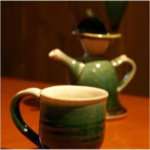 おもてなしギフト 織部焼 土岐の隆月窯の伝統工芸士 陶工 土田育弘が作るうつろひ織部のコーヒーメーカー 他ではできない逸品です|omotenashigift|06