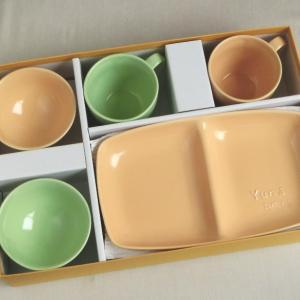 おもてなしギフト 名入れ色どりを揃えた食器 サチスタイルオリジナルの柔らかカラーの名入れ食器セットB|omotenashigift|05