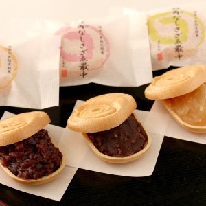 おもてなしギフト もなか 角なしさざゑ最中 横須賀に伝わる日蓮上人にまつわる最中 18個入り|omotenashigift|02