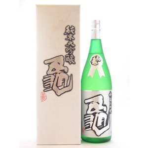 お酒 2018 初亀(はつかめ) 純米大吟醸 亀 1800ml(要冷蔵) (日本酒/静岡県/初亀醸造)|ono-sake