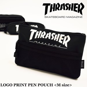 フロント部分に「THRASHER」ロゴが、 とってもインパクトのあるポーチになります。  ロゴの下に...