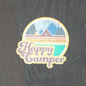 【期間限定Pアップ】WOOD STICKER Happy Camper ウッド ステッカー 木 シール 車 バイク 自然素材 生分解素材 おしゃれ かっこいい|or-select