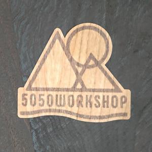 【期間限定Pアップ】WOOD STICKER 50/50WORKSHOP ウッド ステッカー 木 シール 車 バイク 自然素材 生分解素材 おしゃれ かっこいい|or-select