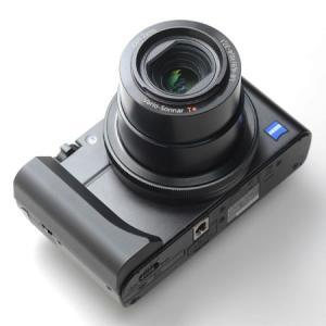 KOGEN ズームグリップRX100の大きな特徴はノーマルポジションからグリップをスライドさせること...
