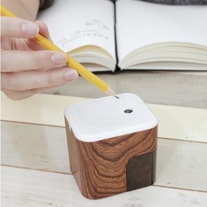 インテリアにもなるおしゃれな電動鉛筆削り♪ KIKKERLAND キッカーランド エレクトリックペン...
