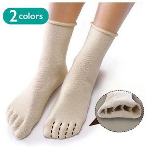 見た目にはソックスで内側が5本指。 指のひとつひとつが分かれているので、蒸れにくく、足の臭い予防にも...