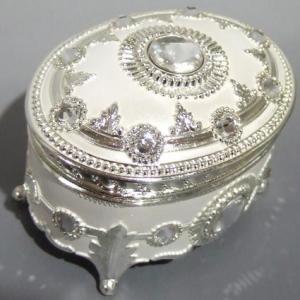アナと雪の女王(レットイットゴー)アンチモニーオルゴール 宝石箱 ホワイト 楕円 ラインストーン オルゴール|orugoruya