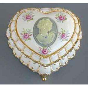 花柄陶板ハート型カメオ宝石箱(女性のカメオ)  ブルー エーデルワイス オルゴール バレンタイン ホワイトデー|orugoruya