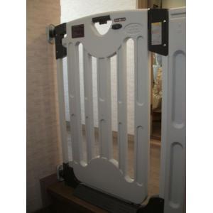 グレイッシュベビーゲート+階段の上でも使えるアダプターセット JTC 送料無料 ☆代引不可商品