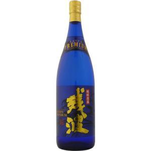 比嘉酒造の古酒蔵で、5年をかけてじっくりと熟成された古酒の中から、更に厳選された「残波プレミアム」。...