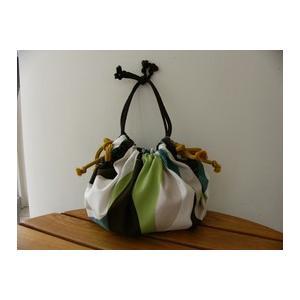 【ムスビシキ】ナミナミグリーン・小。巾着のようにバッグとして、お持たせのお菓子や毎日のお弁当を包んだり、ティッシュカバーにしたり…使い方はいろいろ!|otodoke-shopping