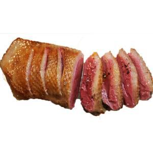 マグレ・ド・カナールとは鴨からフォアグラを採取したあと食用にされる胸肉をいいます。深みある味わいの肉...