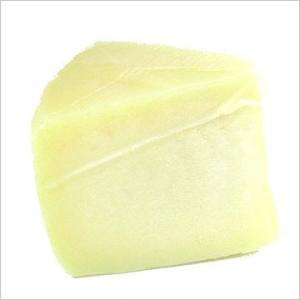 羊乳 セミハード チーズ ペコリーノ ロマーノ 約500g イタリア産 不定貫 Kgあたり10,152円 毎週水・金曜日発送 otokonodaidokoro