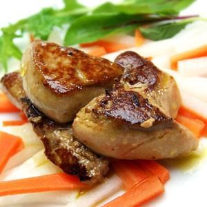 トリュフ・キャビアとともに世界3大珍味として高級食材として挙げられるフォアグラ、 表面カリッと焼きあ...