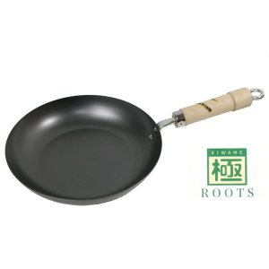 即納可 フライパン 20cm 極ROOTS 日本製 錆びにくい 鉄フライパン IH対応 リバーライト 鉄製