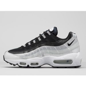 814914-001 NIKE WMNS AIR MAX 95 QS METALLIC PLATINUM/BLACK-WHITE|outnumber