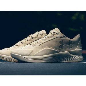 1298702-290 UNDER ARMOUR CURRY 1 LUX LOW SUEDE DESERT LIMITED 600 PAIRS アンダーアーマー ステフィンカリー ステファンカリー 600足限定 スエード outnumber