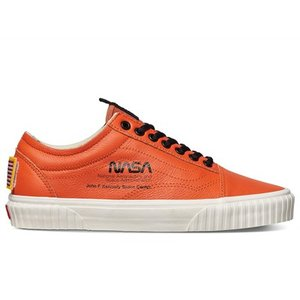 VN0A38G1UPA1 VANS OLD SKOOL NASA SPACE VOYAGER FIR...