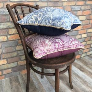 クッションカバー 45x45 cm インポート トルコ製 花柄 ジャガード織 リリー 高級感 おしゃれ