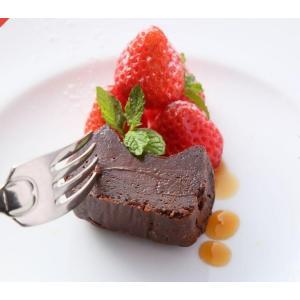 レストランでしか食べられなかった本格フランス料理の  ガトーショコラをギフト仕立てにしました。  チ...