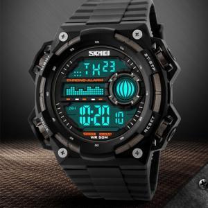ファッション男性 スポーツウォッチ スポーツ 腕時計 LED デジタル カジュアル 時計 腕時計 ウォッチ カラーウォッチ カラフルウォッチ 防水 ダイバー|pancoat
