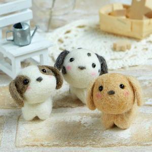 ハマナカ 羊毛フェルトキット 小さなお友達 いぬたち H441-482 b03の商品画像 ナビ