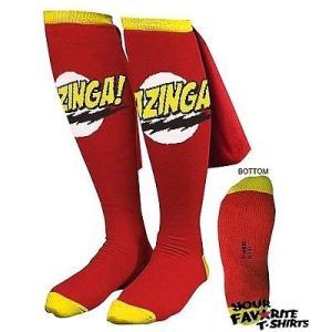 ビデオゲーム キャラクター グッズ ビッグバンセオリーBig Bang Theory レッド Bazinga Caped 靴下 Sheldon Cooper ライセンス 靴下 pandastore