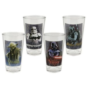 テレビ番組商品 海外キャラ ドラマ コミック Star Wars Darth Vader Boba Fett Yoda  Licensed 4 pack Pint Gift Set Glassware|pandastore