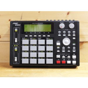 【中古】AKAI MPC1000BK サンプラー|paprica-music