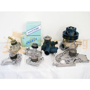 コマツ フォークリフト FG20-12.14.FG25-14  ウォーターポンプ 送料無料|partsking