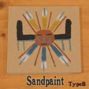 1点1点ハンドメイドの「サンドペイント(砂絵)」です。 カチナ(精霊)のデザインがネイティブ感たっぷ...
