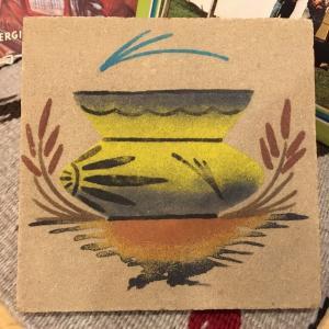ネイティブアメリカンのナバホ族の1点1点ハンドメイドで作った 「サンドペイント(砂絵)」です。 ポタ...