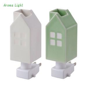 【お取り寄せ】イシグロ 20076-77 デザイン小物 W4.8×D4.8×H13cm ハウスアロマライトコンセント型 白熱電球 アロマオイル 癒し 光 インテリア 部屋 夜 暗闇|pas-a-pas