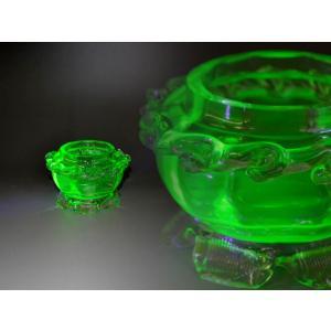 ウランガラス 小物入れ フリル アンティーク 1801-496|passage-bm