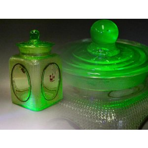 ウランガラス 広口瓶 キャンディポット レトロ アンティーク カッティング 1801-498|passage-bm